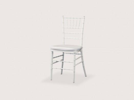 Cadeira Tyffani em Madeira Branca